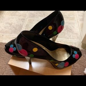 Jessica Simpson multi colored polka dot pump